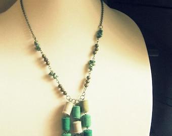 Emerald Tassel Necklace, Tassel Necklace, Handmade Tassel Jewelry, Tassel Jewelry, Emerald Green Necklace, Long Tassel Necklace, HANDMADE