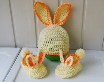 """Booties and hats, children's hats, knitted Bootees, knitted hat, booties baby, Hat baby, baby gift, """"bunny"""", ready to ship"""