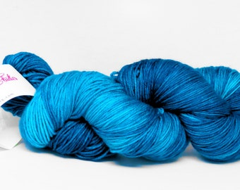 Calypso Blu INTENSE -  Stunning Superwash Fingering Weight - 100% Superwash Merino - 100 g - 475 yds