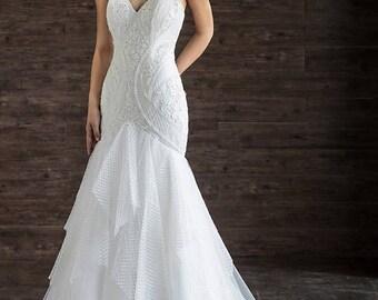 Trumpet lace spaghetti straps wedding dress