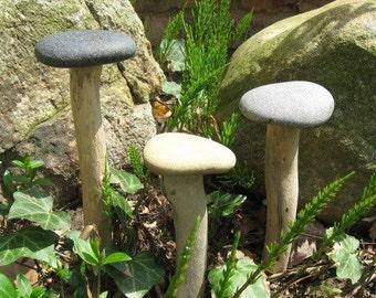 NATURAL Beach Stone GARDEN MUSHROOM Driftwood Stone Yard Art Garden Decor Ornament Fairy Garden