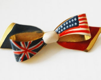 English American frienship brooch