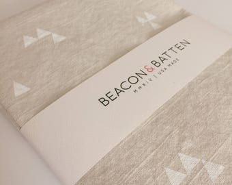 Triangle Towel : Natural Ivory Ground - White Print