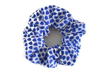 White and blue hair scrunchie