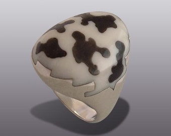 COW RING.   Silver Art.