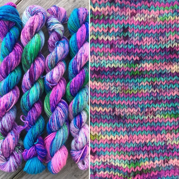 Blue Raspberry Miniskein, 20g speckled indie dyed soft 75/25 merino nylon blend sock yarn mini skein