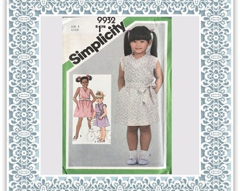 Simplicity 9932 (1981) Child's pullover dress - Vintage Uncut Sewing Pattern