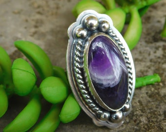 Chevron Amethyst sterling silver ring | size 7 ring  | silver stone ring | Artisan stone statement ring | Purple oval | Large cocktail ring