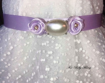 Lovely Lilac dog necklet (neck size 12-14 inches)