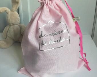 sac à doudou rose, sac doudou maternelle personnalisé,cadeau naissance personnalisé la cabane de doudou, cadeau naissance fille personnalisé
