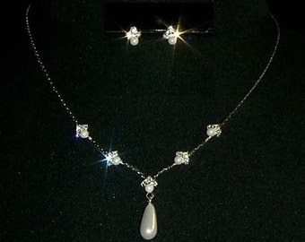 Pearl Drop Necklace and Earring Set - #9614