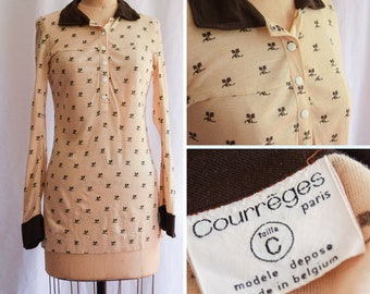 1970s Top | Courrèges | Vintage 70s Henley Top Logo Printed Snap Front Jersey Beige and Brown Polo Designer Fashion Made in Belgium Size S/M