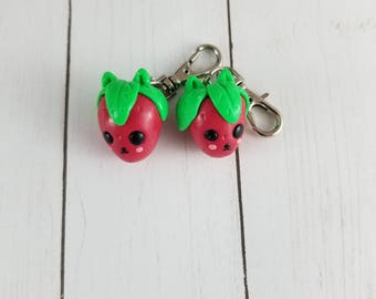 Strawberry charm / stitch marker set / cute clay stitch markers / polymer clay strawberry charm / polymer clay charm / cat charm