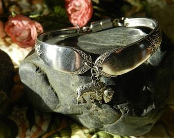 Spoon Bracelet, Buffalo Charm, Silverware Bracelet, Silverware Jewelry, Bracelet, Flatware Jewelry, Silver Plated Jewelry (B73)