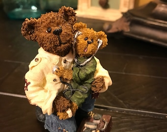 Boyds Bears & Friends EMT Bearsly with Cary