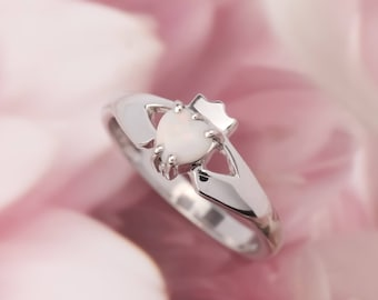 Real Irish Opal Claddagh Ring, Sterling silver ladies claddagh with a beautiful opal gem. Opal ring. Opal engagement ring. Irish ring.