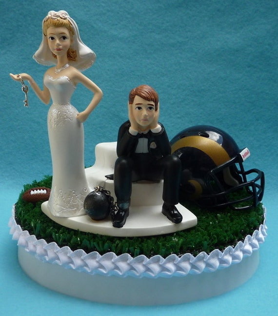 fake wedding cakes los angeles wedding cake topper los angeles rams la football themed 14135