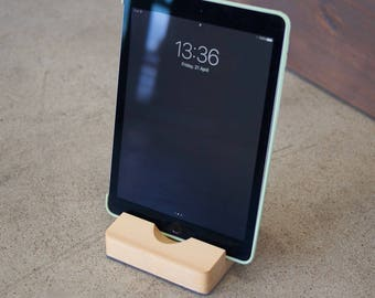 iPad / tablet stand, wooden