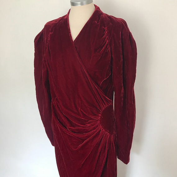 1930s velvet dress, 70s does 30s, faux wrap, dark red, vintage vamp, wallace simpson, UK 12, edwardian revival, gothic, glam, red dress