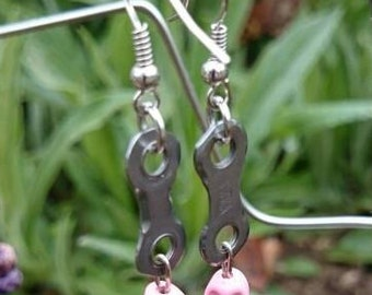 Recycled Bicycle Chain Link Earrings. Hand Made. FREE SHIPPING!! Pink Skull