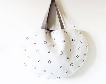 Beige sea bag with black polka dots hand painted