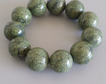 Russian Serpentine Bracelet (20mm Round Beads)