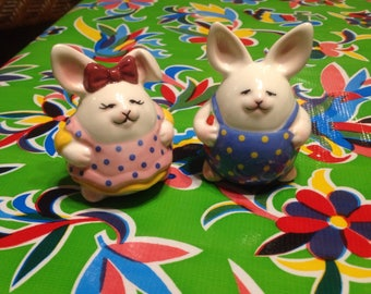 Vintage hand painted ceramic cute chubby bunny couple salt and pepper shakers
