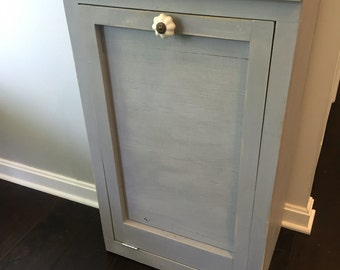 Farmhouse Style Trash Can
