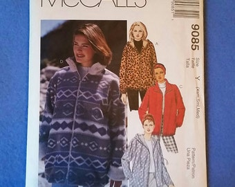 Uncut McCall's Sewing Pattern - Misses' Lined or Unlined Jacket 9085 - sizes xsm, sml, med
