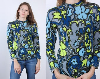 70s Sweater Top // Vintage Floral Pullover Knit Shirt - Small