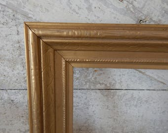 Shabby Chic Painted Antique Gold Gilt Embossed 8 x 10 Picture Frame - Heavy Molding Embossed Design Antique Gold Painted Picture Art Frame