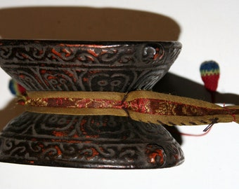 Small old ceremonial drum Tibet-damaru Tibetan instrument of music Tibetan-Buddhist ritual tools