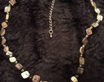 Vintage Silver Tone Metal Beaded Necklace With Polished Quartz? Beads
