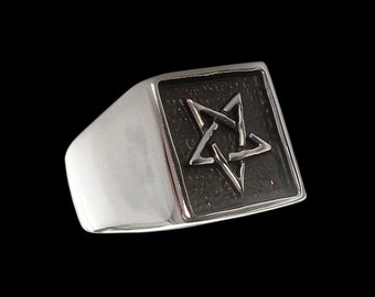 Pentagram ring - Sterling Silver Pentagram Wicca Ring - Star of Power and Magic