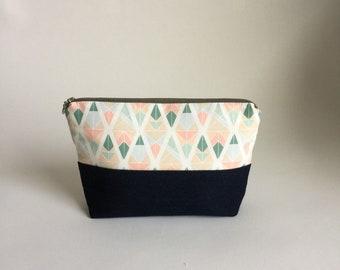 Zipper pouch, makeup bag, cosmetic bag, toiletry bag, pencil case, travel pouch, floral pouch