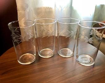 Set of 4 Etched Glass Tumblers Juice Glasses Leaf Pattern