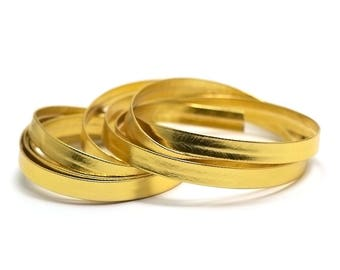 2 m of synthetic leather 8 x 1 mm, gold