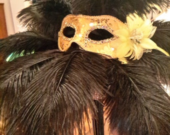Mardi Gras / Masquerade Ostrich Feather Centerpiece-masks-prom-shower-party-bling-Fundraiser-Conference-Corporate-sweet 16