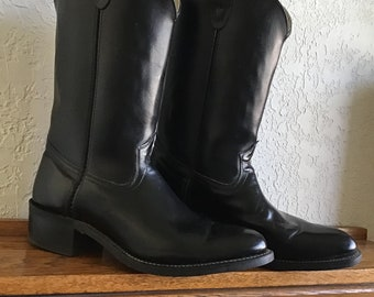 Cowboy boots Size 10.5 Mens