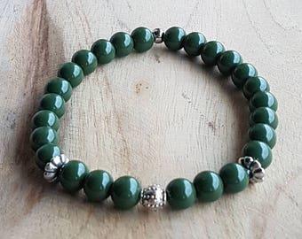 Mens bracelet. Glass beads. Green. Metal beads. Elastic bracelet. Gift for men. One. Bracelet. Beads.
