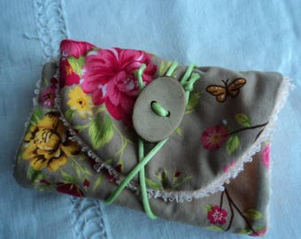 Pouch tucks travel yellow and pink flowers SOAP / pocket for SOAP flowers and bird / Pack with simple SOAP and practical