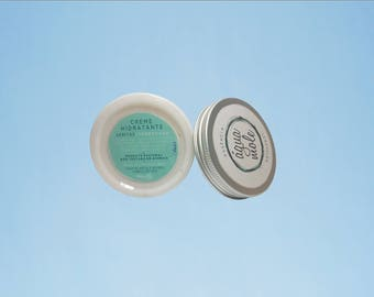 Moisturizing cream of Veritas