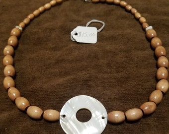 Round Shell Focal Necklace