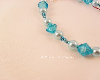 Aqua teal beaded faux pearl bracelet