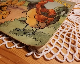 Vintage Cheerful Chicks, Linenette Children's Book, Picture Book, Sam'l Gabriel Sons & Company, New York, Copyright 1942