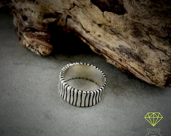 Sterling silver band ring, Rustic ring, Cool man ring, Original wedding ring, Handmade ring, Mens jewelry, Contemporary jewelry