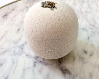Lavender Bath Bomb - 5 ounces - All Natural - Aromatherapy Bath Bomb - Essential Oil Bath Bomb - Fizzing Bath Bomb