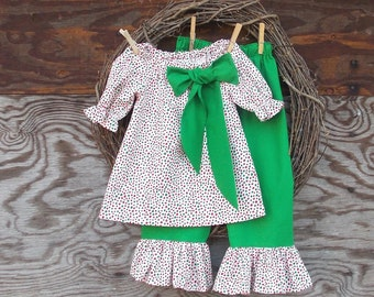 Girls Christmas Outfit, Christmas  Set,  Girls Holiday Outfit, Girls Ruffled Pants, Kids Christmas Outfit