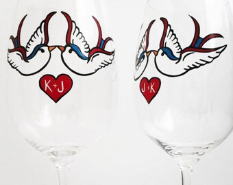 Valentine Glasses, Personalized Love Bird Wine Glasses - Set of 2 Hand Painted Wine Glasses, Valentines Day Gift, Love Birds