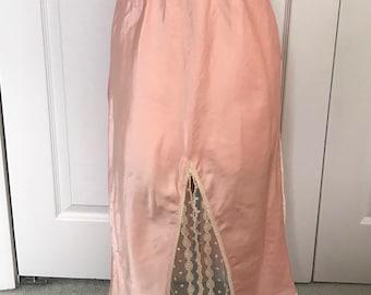 peach half slip . half slip . 50s half slip . 50s lingerie . Lily of France . medium